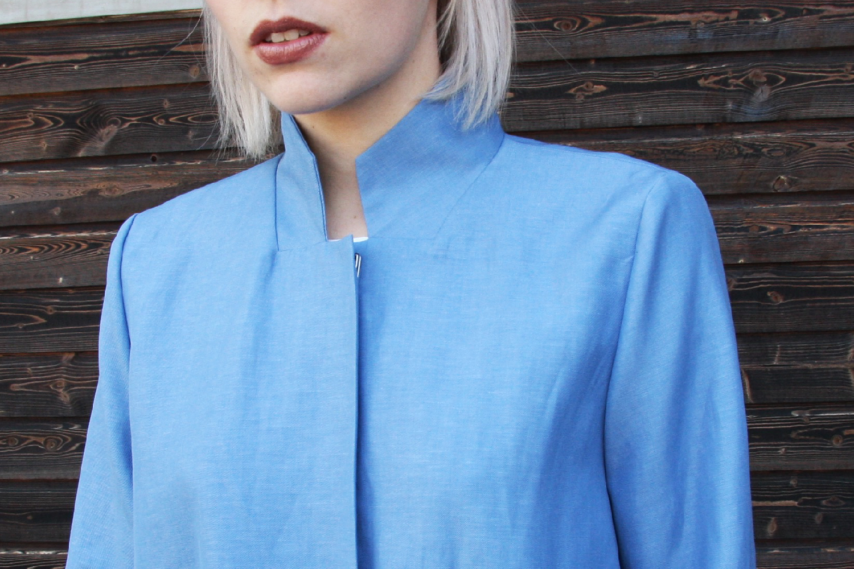 Atelier-Silk-Mantel-Ava-Blau-4